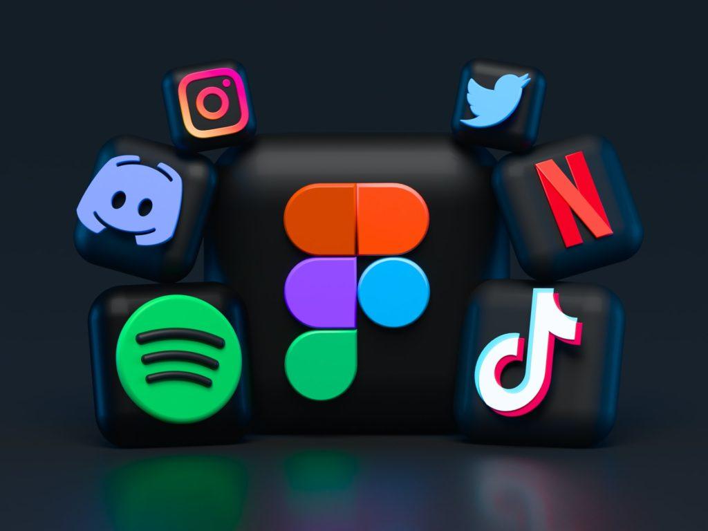 Social media icon / CC0 alexander-shatov