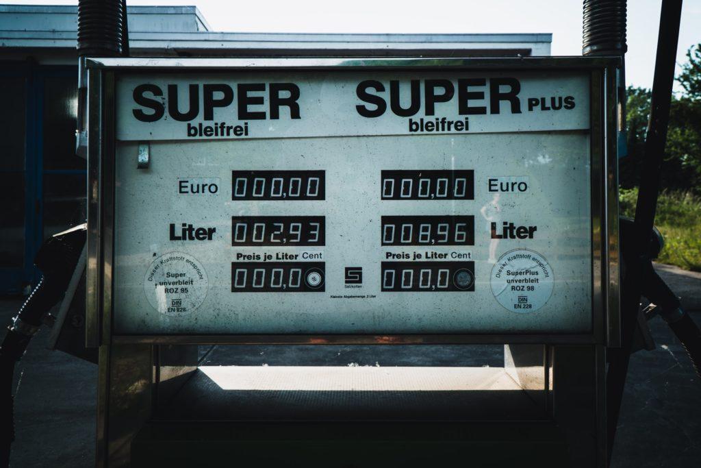 Gas pump / CC0 jonathan-kemper