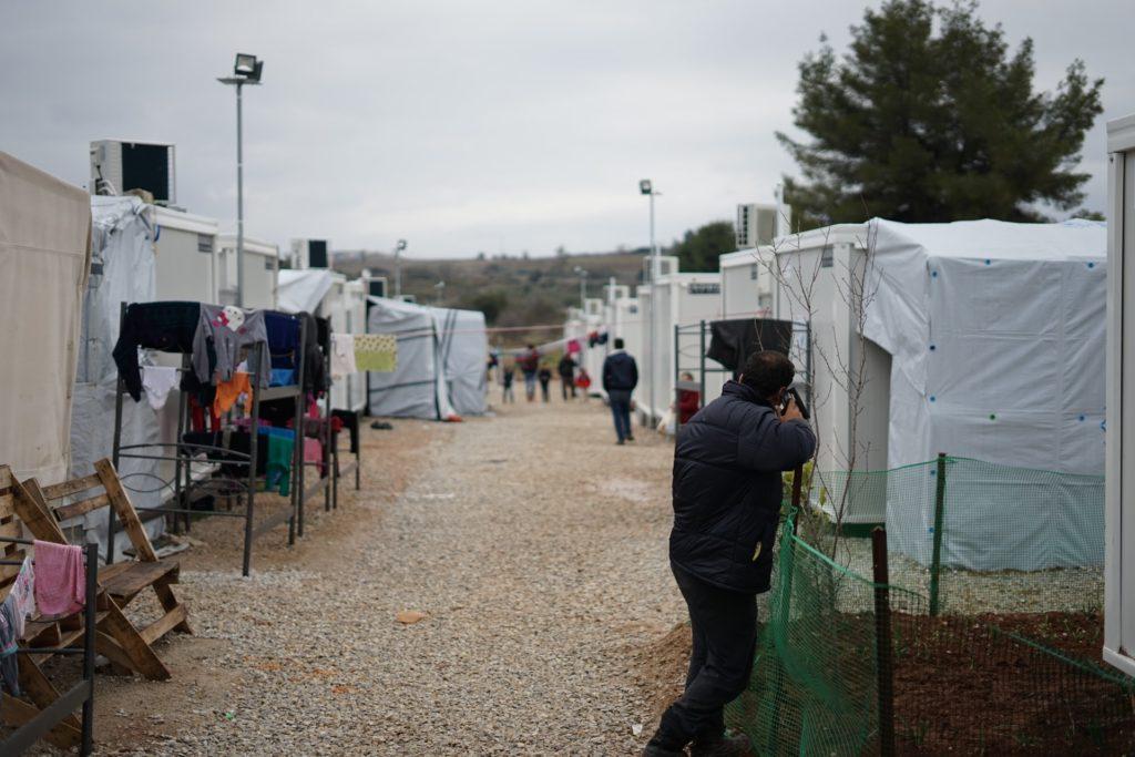 migrant camp greece/ CC0 julie-ricard