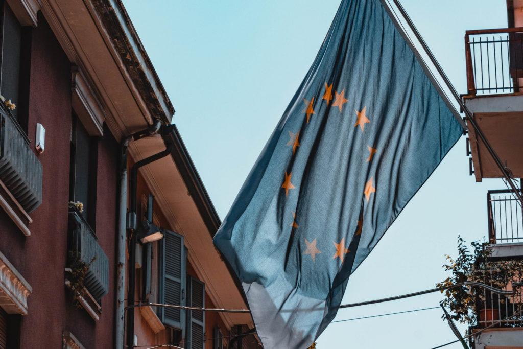 European flag / CC0 sara-kurfess